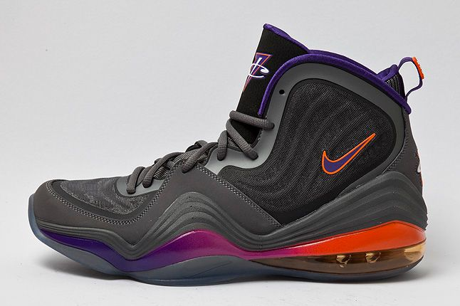 Profile Shot Nike Air Penny V Purple 1