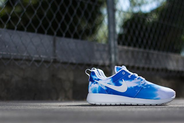 Nike Roshe Run Summer Print Pack 1