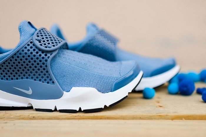 Nike Sock Dart Wmns Work Blue Wht 5