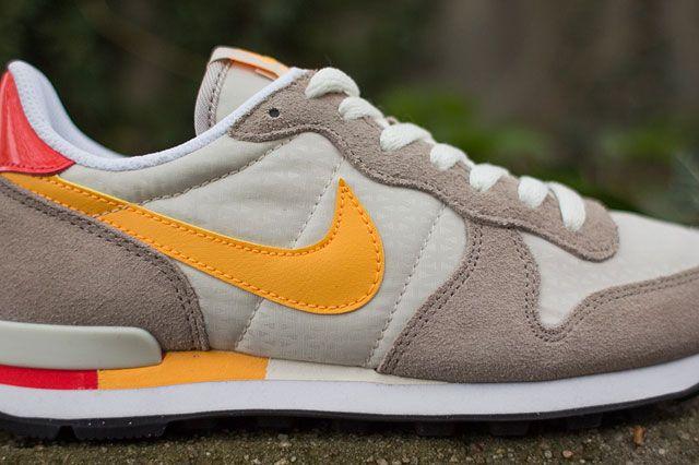 Nike Wmns Internationalist Closeup