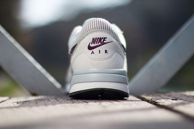 Nike Air Odyssey Light Bone 2