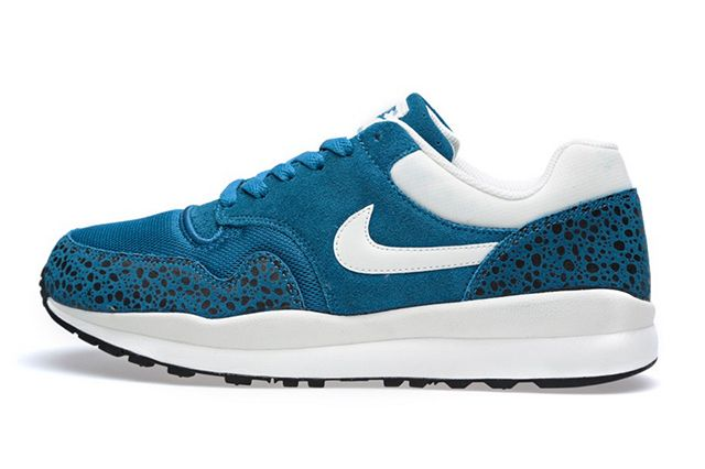 Nike Air Safari Green Abyss 1