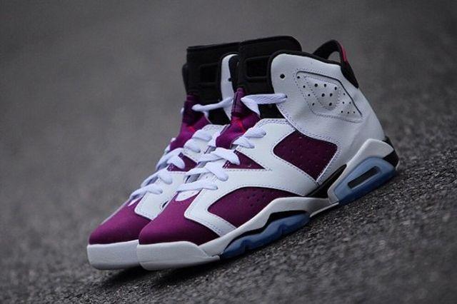 Air Jordan 6 Retro Gs Bright Grape 4