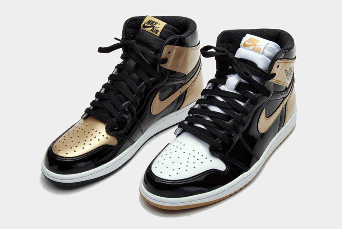 Air Jordan 1 Black Gold2
