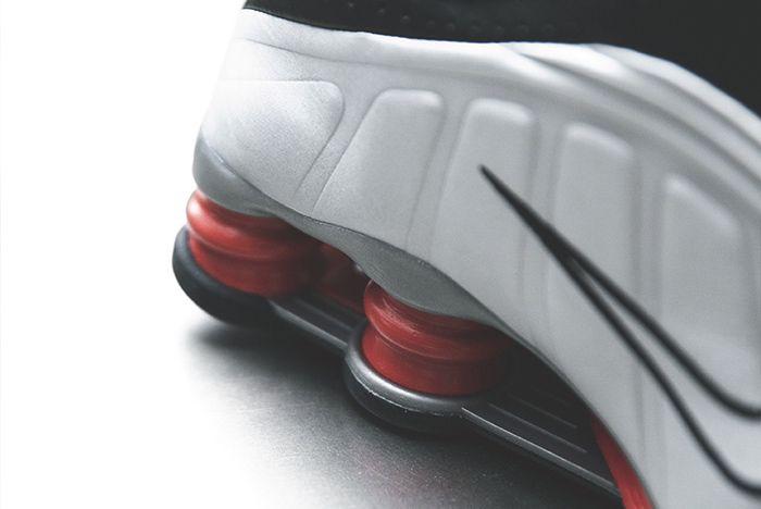 Nike Shox R4 Silver Black Red 6