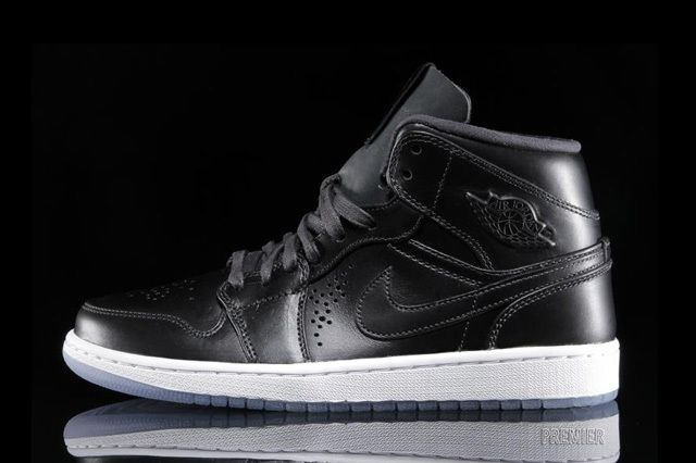 Air Jordan 1 Nouveau Black Ice 6