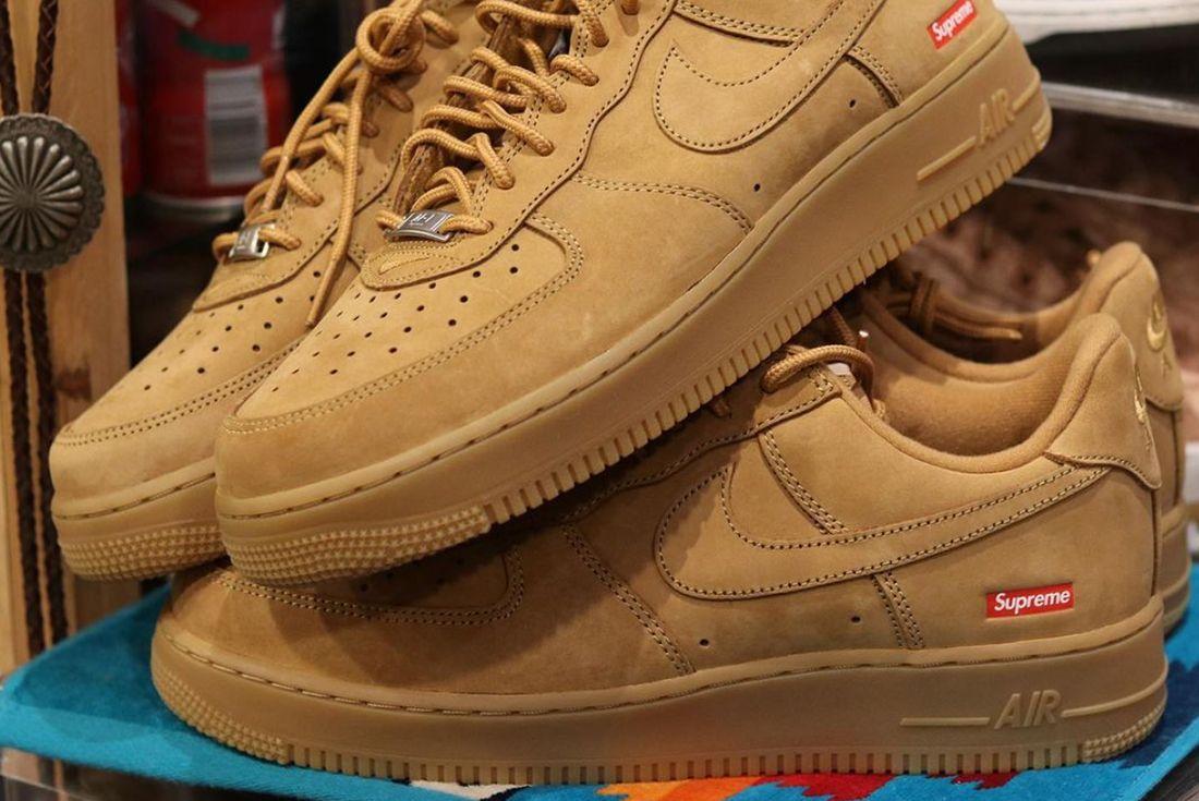 Supreme Nike Air Force 1 Flax