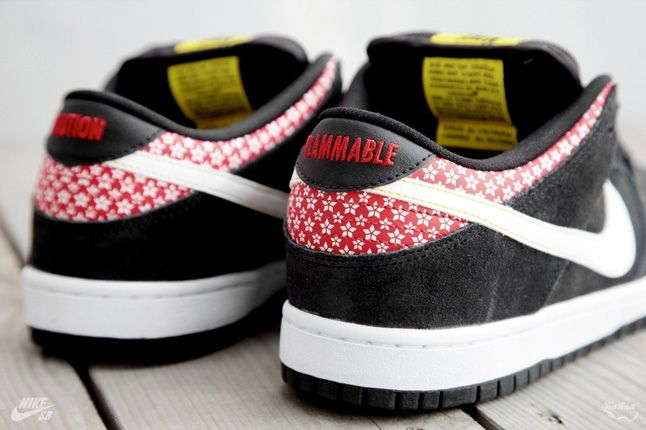 Nikesb Dunk Low Firecracker Pack Black Heel Detail 1