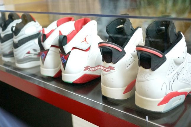 Air Jordan Group Michael Jordan Building 1 1