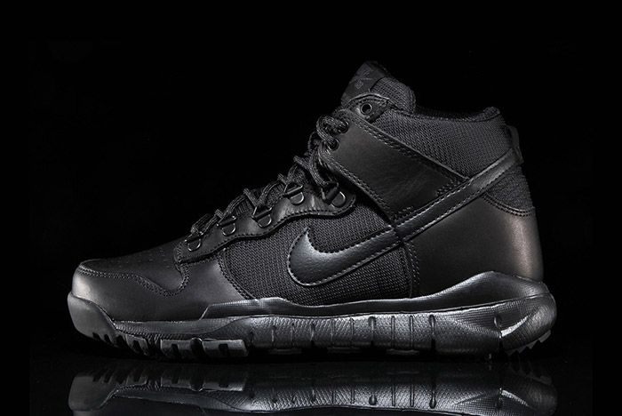 Nike Sb Dunk Hi Boot Black 1