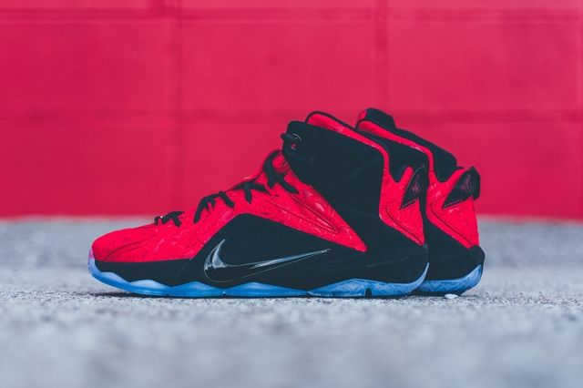 Nike Lebron 12 Ext Red Paisley 4