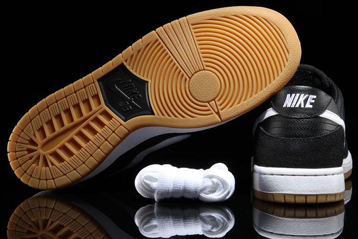 Nike Sb Dunk Low Black Gum7
