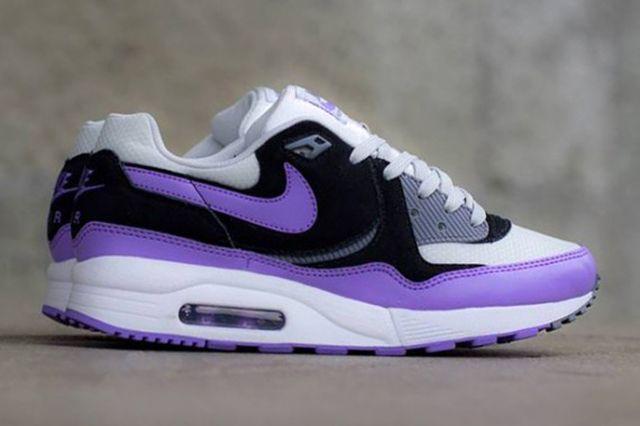 Nike Air Max Light Atmoic Violet 2