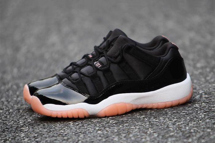 Black/Gum' Air Jordan 11s