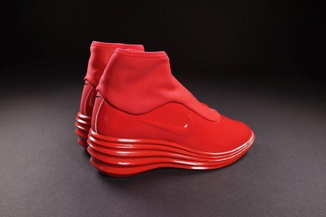 Nike Wmns Lunarelite Sky Hi Sneakerboot Action Red 2
