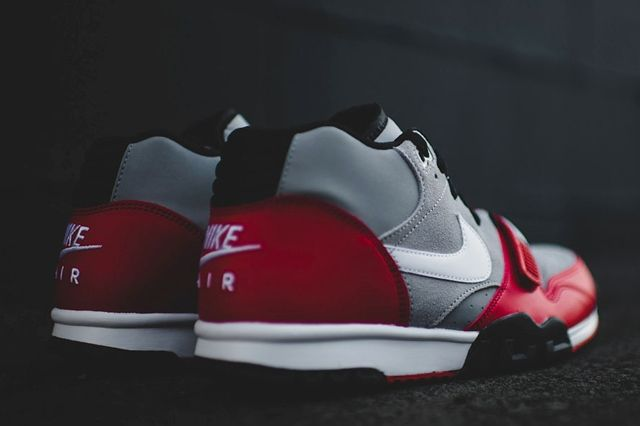 Nike Air Trainer 1 Mid Wolf Grey University Red 4