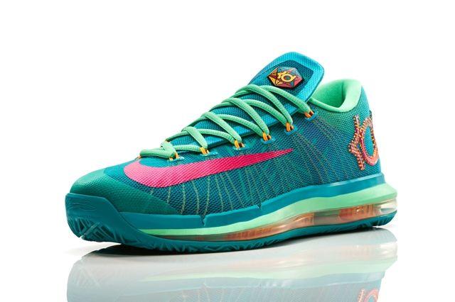 Nike Basketball Elite Series Hero Collection 18