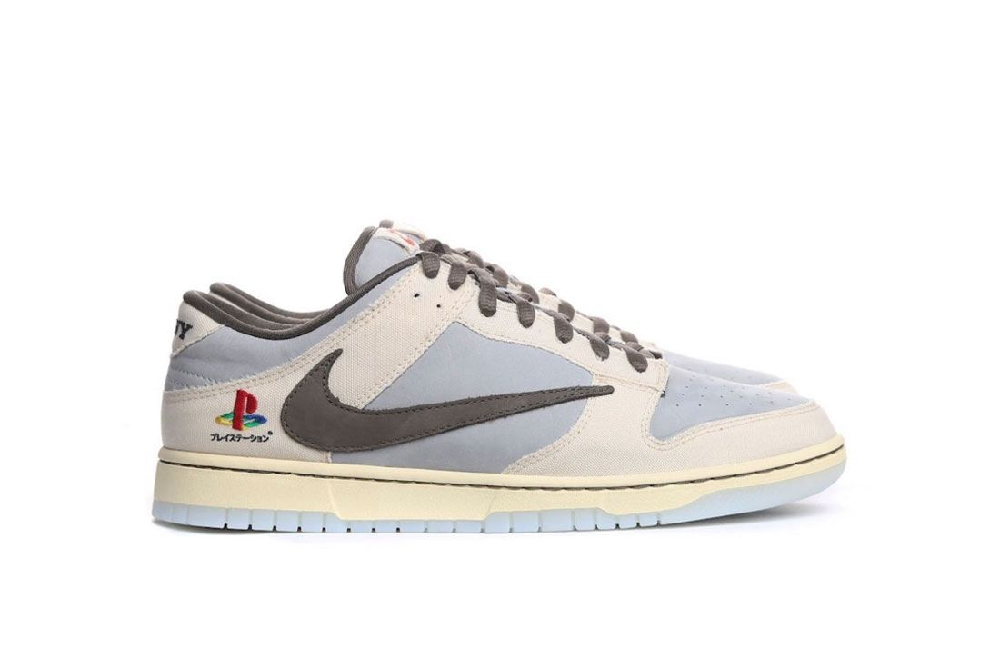 Nike Dunk Low Travis Scott Sony PlayStation 5