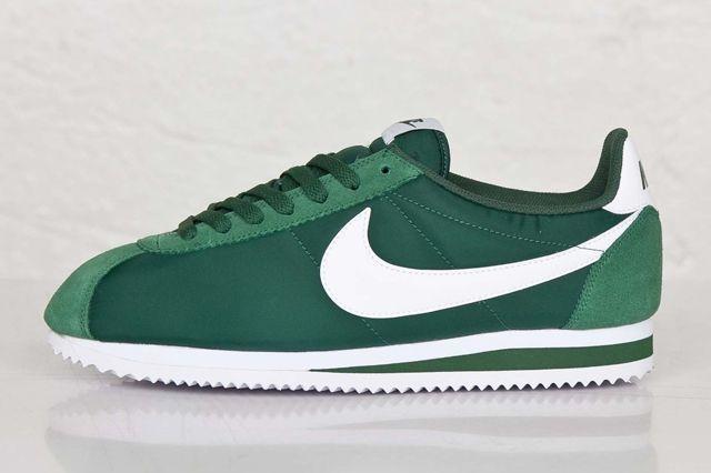 Nike Cortez Gorge Green Bumper 1