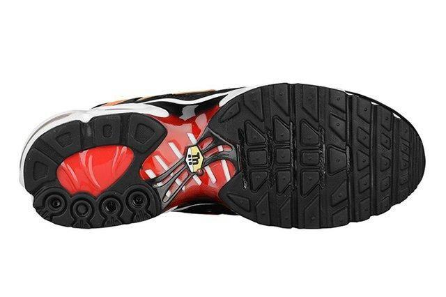 Nike Air Max Plus Tiger 3