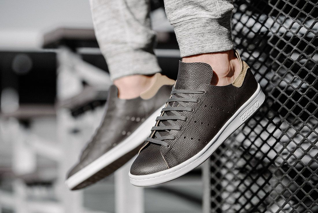Wings+Horns adidas Stan Smith (Horween Football Leather)