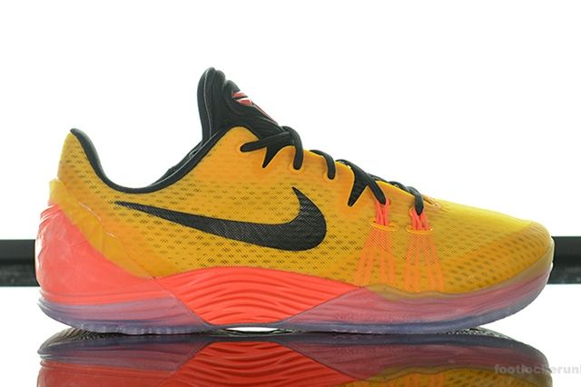 Nike Kobe Venomenon 5 University Gold Hot Lava 2