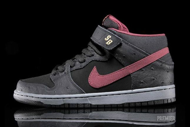Nike Sb Dunk Mid Pro Black Cherrywood Red 1