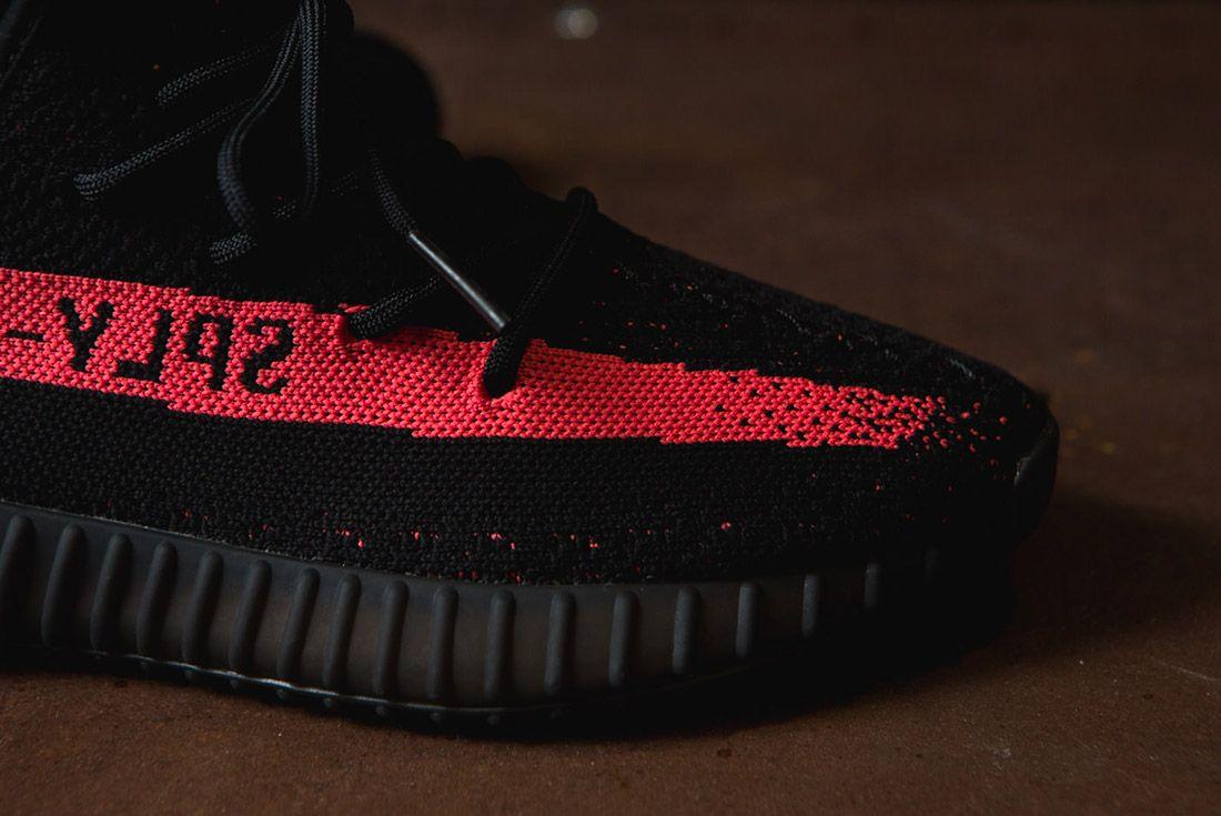 Adidas Originals Yeezy Boost 350 V2 Black Copper Solar Red Green 36