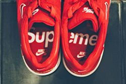 Nike X Supreme Thumb