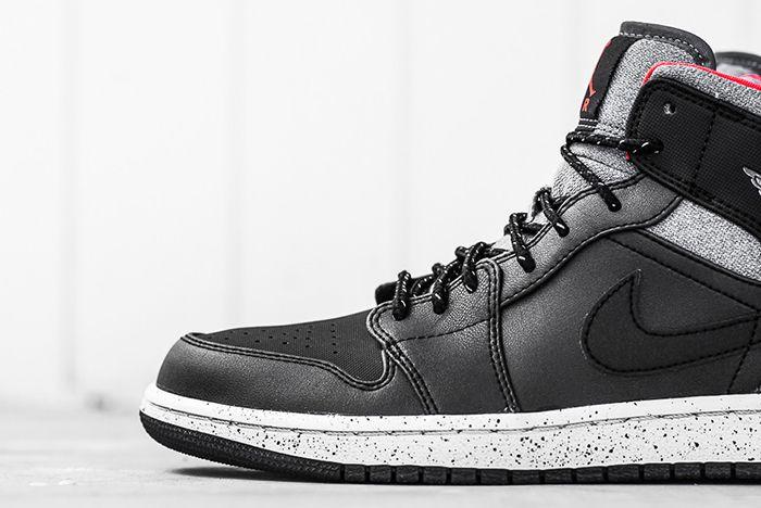 Air Jordan 1 Mid Black Cement5