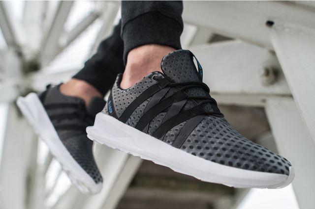Adidas Originals Chromatech 05