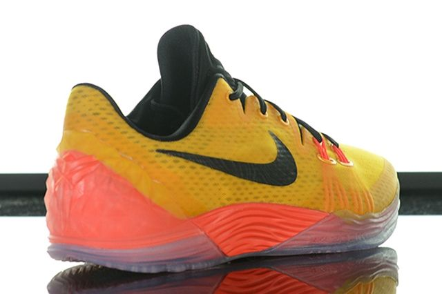 Nike Kobe Venomenon 5 University Gold Hot Lava 6