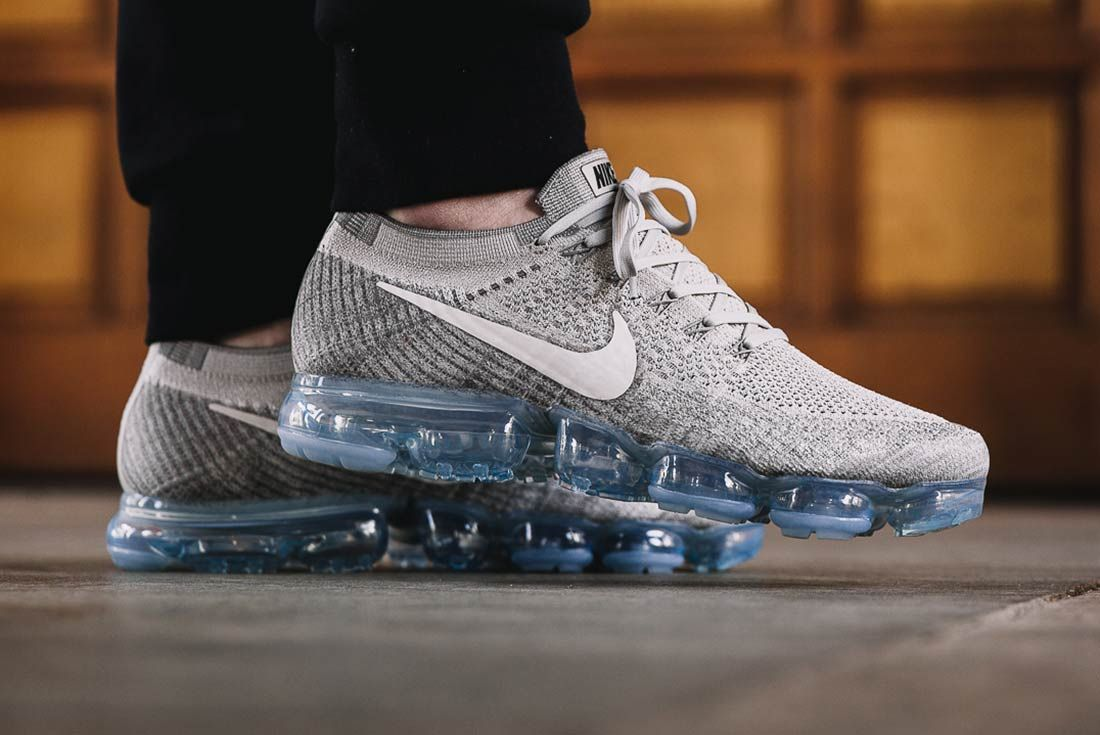 Nike Air Vapormax Pale Grey 1