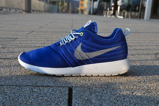 Nike Roshe Run Dynamic Flywire Hyper Blue 2013 1
