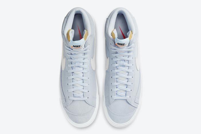 Nike Blazer Mid 77 Hydrogen Blue Top
