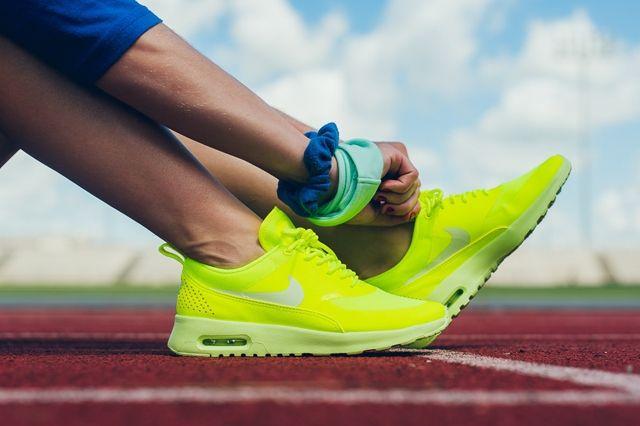 Nike Air Max Thea Cyber Bumper 3