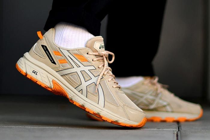 Asics Gel Venture 6 Putty Right Side Shot