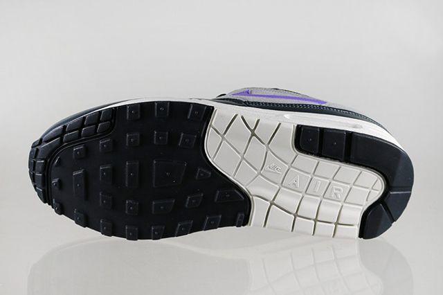 Nike Air Max 1 Essential Black 1