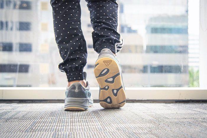 On Foot Adidas Yeezy Boost 700 Blue Teal Heel 2