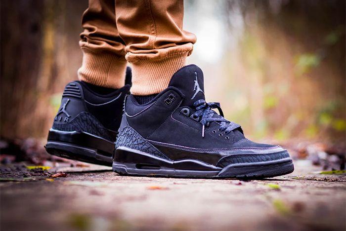 Air Jordan 3 Black Cat3
