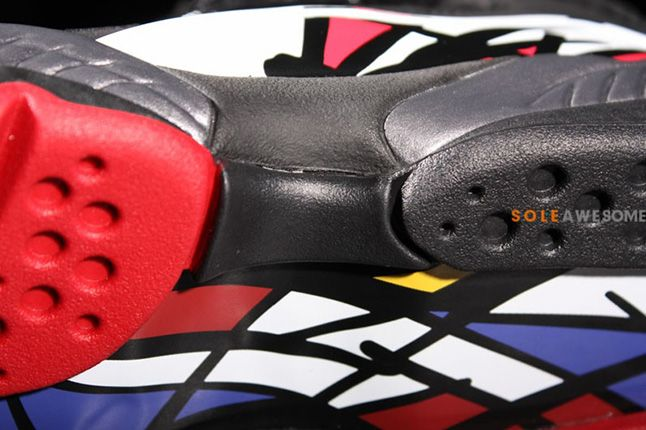 Air Jordan 8 Playoffs Sole Details 1