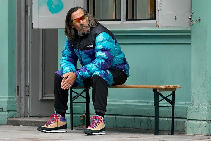 Sneakersnstuff The Northface On Bench
