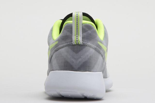 Nike Sportswear Polarizing Artist Colab Pack 3