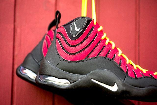 Nike Air Bakin Og Varisty Red Orange Blaze 4