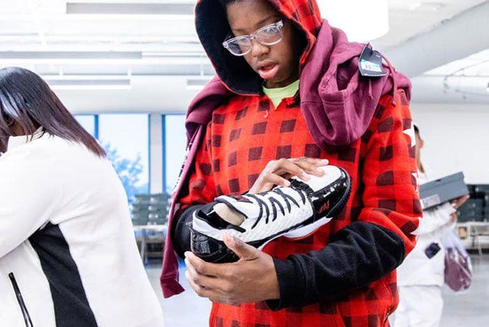 Lebron James I Promise Kids Free Shoes7
