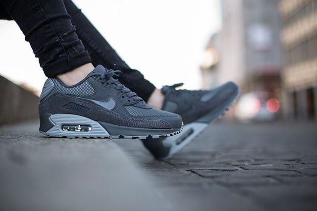 Nike Air Max 90 Wolf Grey Grey 2
