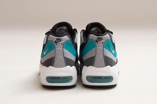 Nike Air Max 95 No Sew Turbo Green 3
