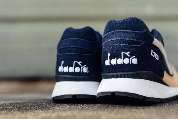 Diadora V7000 Blue Corsairs Sneaker Politics 3