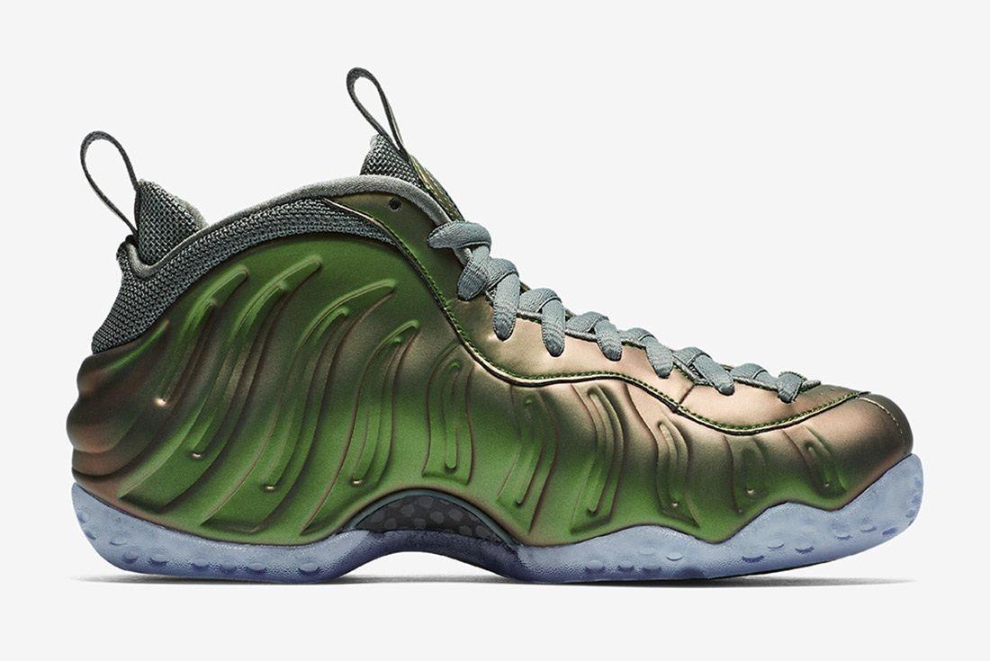Wmns Nike Air Foamposite One Shine Sneaker Freaker 3