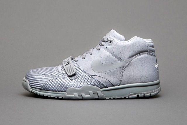 Nike Sportswear Monotones Vol1 2
